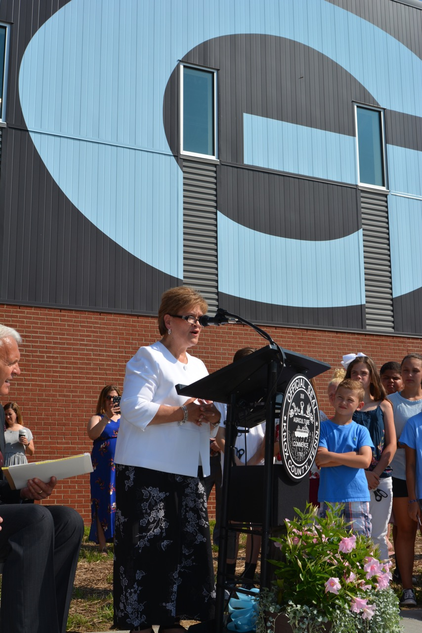 Gibbs celebrates new middle school - Knox TN Today