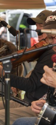 Musicians provide old-timey tunes at the Apple Festival.